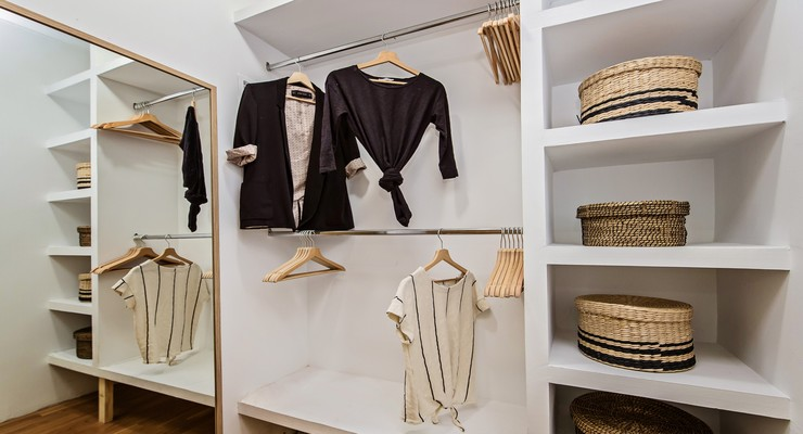 First-Class wardrobe with a lot of space and a mirror
